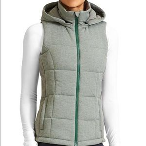 Athleta Puffy Lookout Vest