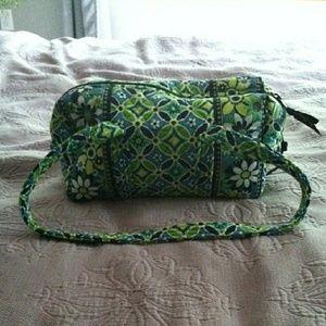 NWOT Vera Bradley Sm duffel bag/purse Daisy Daisy