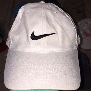 Nike hat🖤