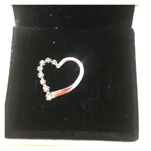 White gold and Simone heart pendent