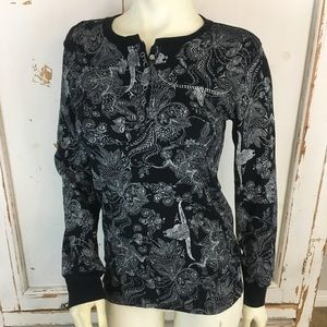 Cowgirl hardware black with some sparkles top