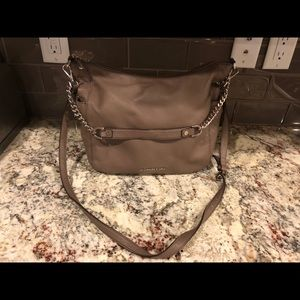 Michael Kors Tote/Crossbody PRICED TO SELL