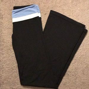 Lululemon yoga workout pants size 6 tall