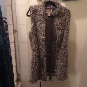 Thick furry vest
