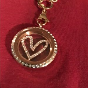 💕Origami Owl Locket With Heart Plate🎀
