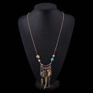 🌟New list! 🌟 Pretty BoHo necklace!
