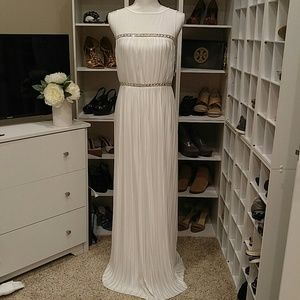 NWT LONDON TIMES WHITE EVENING DRESS 6