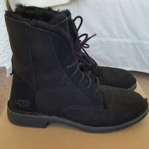 Genuine Ugg Quincy Black Suede Boots