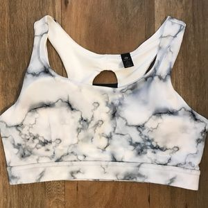 New marble sports bra large