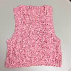 Cropped knitted pink tank