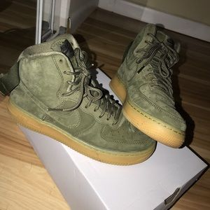 Olive Green high-top Nike's