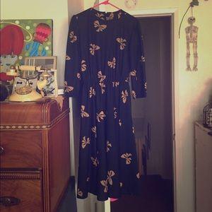 🖤 Vintage Black Midi Dress w Bow Print! 6/8 🖤