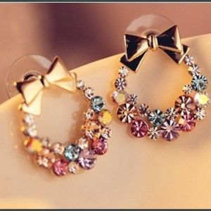 🎄 New list! 🎄 Wreath earrings!