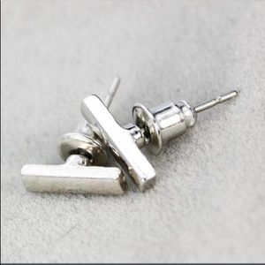 🆕 Listing - Bar silver Earrings
