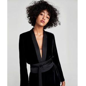 🎉 Zara (Woman) velvet jacket with sash belt