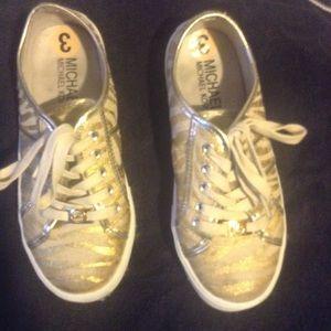 Girls Gold Shoes!  Lightly warn. 👟
