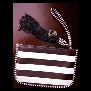 Gorgeous striped Henri Bendel clutch w/ tassel