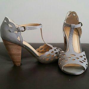 Grey tstrap block heels