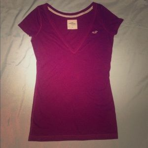 Women's Medium Hollister Burgundy V-neck Shirt