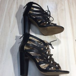 Beautiful black heels size 8