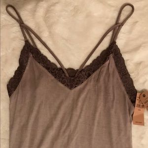 ☀️NWT-American Eagle Soft and Sexy Ribbed Tank☀️