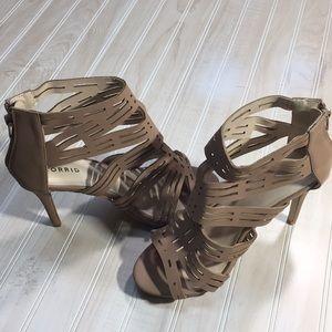New heels never been worn size 9