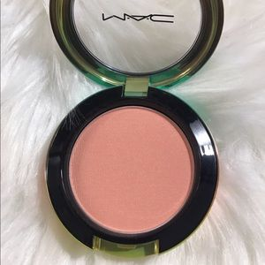 "✨💯Mac LE warm crisp"" blush !  NNB ! Come we/brush"