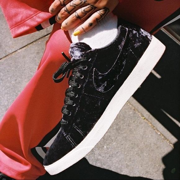 07d21cd7afa Women s Nike Blazer Low LX Black Sneakers