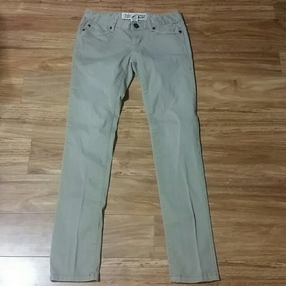 b985dcc4cf6 Converse Pants - Women's Converse One Star Khaki pants