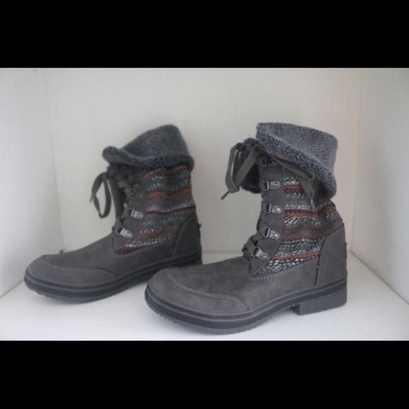 cfea6e44a66 Brand new boots