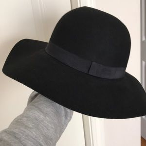NWT Express Wide Brim Hat