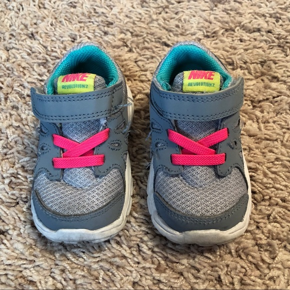 1e3f9af190b Nike Revolution 2 Sneakers Baby Girl Shoes. M_5a199cc77fab3a61d3012fc6