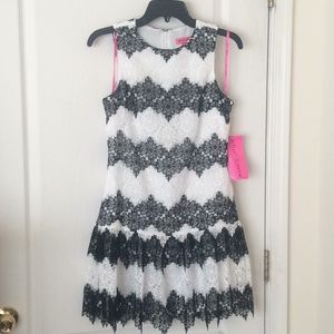 🆕 Betsey Johnson black white lace dress holidays