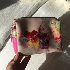 Ted Baker make up case
