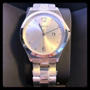 NWT Ladies DKNY Parsons Silver Watch (NY2365)