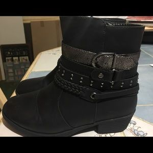 Girls Pierre Dumas ankle boots size 2