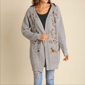 Sweaters - Stunning floral embroidered cardigan sweater