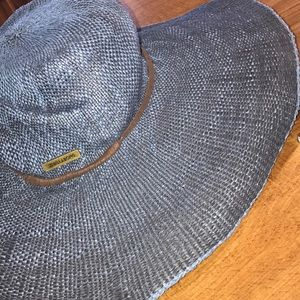 Woman's blue sun hat