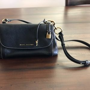 ad7ede1bb0e9 Marc Jacobs Bags - Marc Jacobs Boho Grind Pebbled Leather Crossbody
