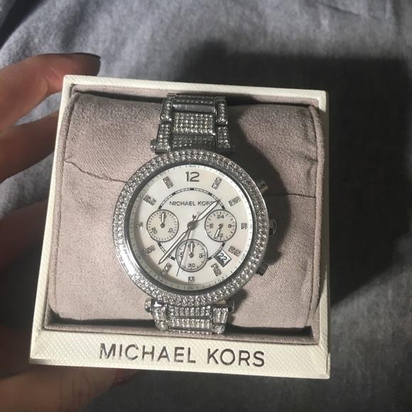 8bf0b70e9803 Michael Kors Parker Pave silver tone watch