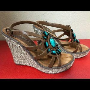 Two Lips Athena wedge sandal