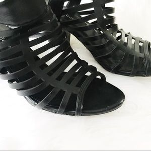 Shoes - black strapped heels