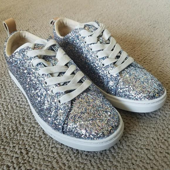 9315aae7a50 Karine chunky Glitter sneakers NWT
