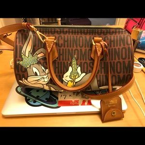 moschino bag bugs bunny brown cute cartoon limited