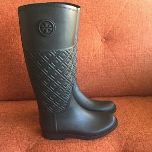 0441991bd7575f Tory Burch Shoes - Tory Burch    Marion Quilted Rubber Boots