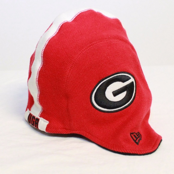 UGA NCAA Youth Knit Helmet Cap Hat Georgia. M 5a19f327ea3f3680d502f35b 22284181229