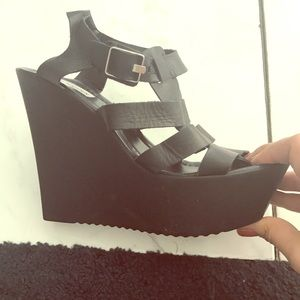 Black Steve Madden strappy wedges