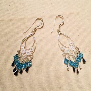 Jewelry - ❤️Silver earrings Discounted