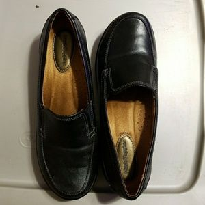 Blk loafers