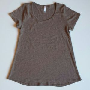 ✨SALE✨ Lularoe Short Sleeve Top